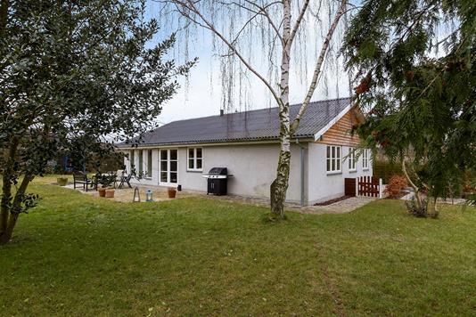 Villa på Bukkarvej i Køge - Set fra haven