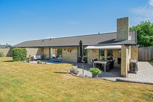 Villa på Skovmærkevej i Køge - Set fra haven