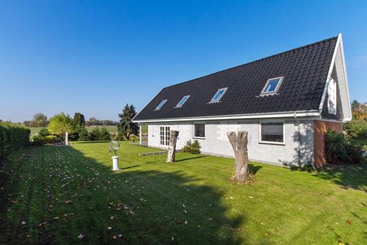 Villa på Kulsti i Store Heddinge - Set fra haven