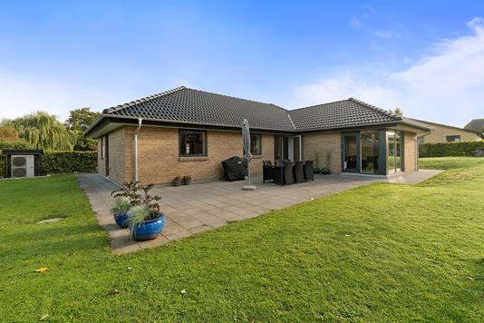 Villa på Granledet i Køge - Set fra haven