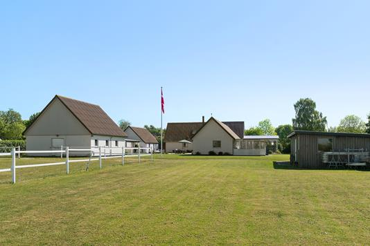 Landejendom på Køgevej i Hårlev - Set fra haven