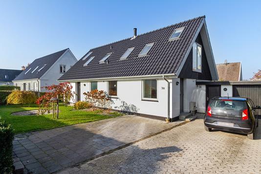 Villa på Kastanievej i Køge - Set fra vejen