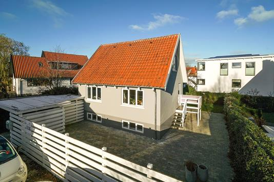 Villa på Nicolajvej i Køge - Set fra vejen