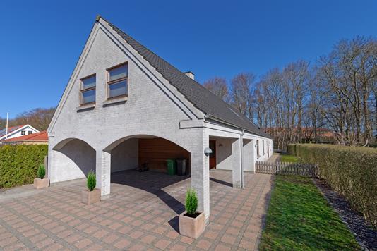 Villa på Stakhaven i Lille Skensved - Set fra vejen