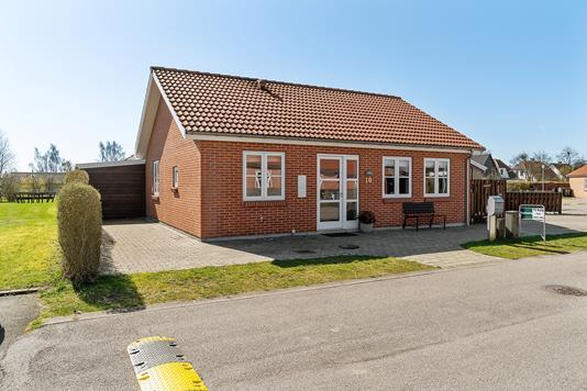 Villa på Byskovparken i Tureby - Set fra vejen