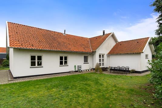 Villa på Vinkelvej i Køge - Set fra haven