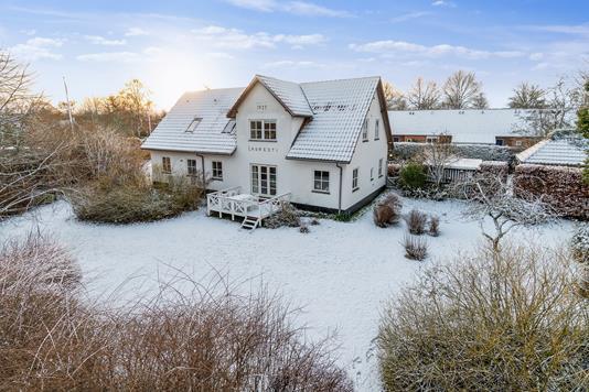 Villa på Ejbyvej i Lille Skensved - Set fra haven