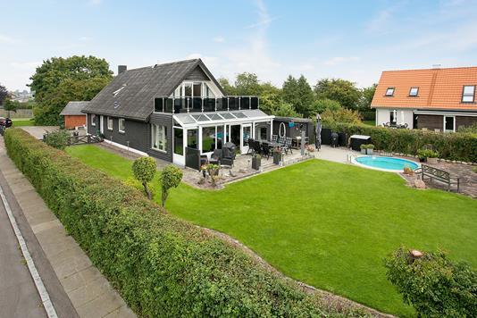 Villa på Hjørnevej i Køge - Ejendommen