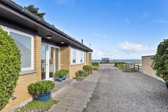 Villa på Stevnsvej i Køge - Indkørsel