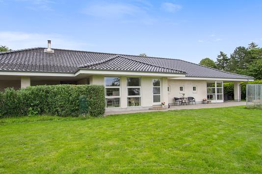 Villa på Ådalsvej i Køge - Ejendommen