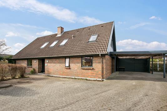 Villa på Banevej i Tureby - Set fra vejen