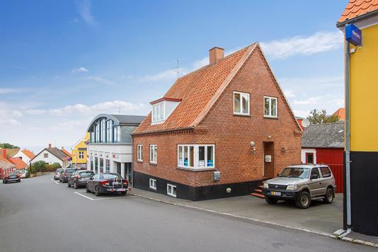 Villa på Brøddegade i Gudhjem - Ejendommen