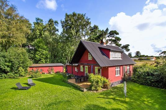 Fritidsbolig på Søndre Landevej i Aakirkeby - Set fra haven