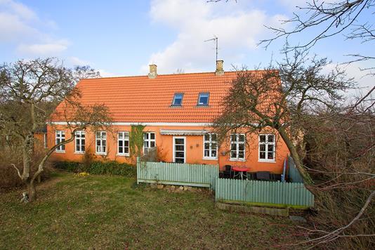 Villa på Søndre Landevej i Rønne - Set fra haven