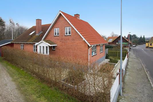 Villa på Østergade i Hasle - Set fra vejen