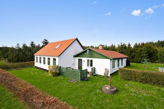 Villa på Segenvej i Rønne - Ejendommen