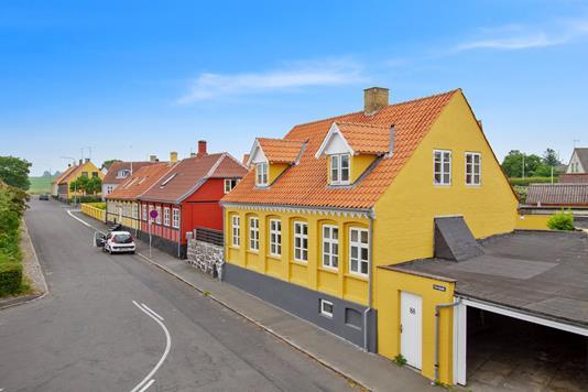 Villa på Storegade i Hasle - Set fra vejen