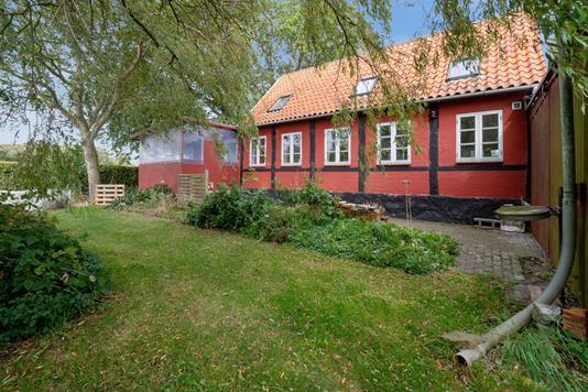 Villa på Rønnevej i Rønne - Set fra haven