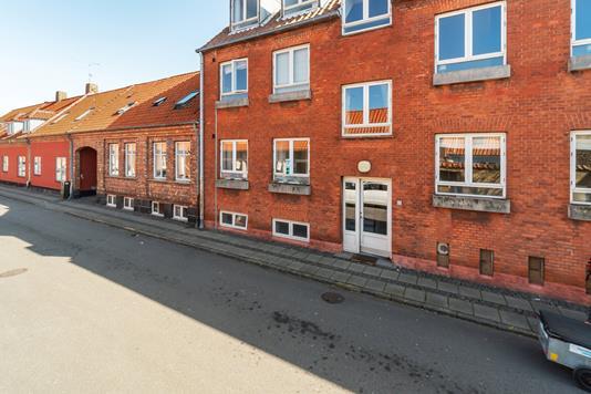 Ejerlejlighed på Møllegade i Rønne - Facade