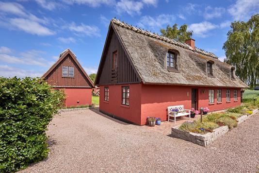 Villa på Bannebjergvej i Græsted - Ejendommen