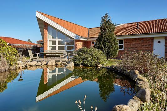 Villa på Stenlandsengen i Helsinge - Ejendommen