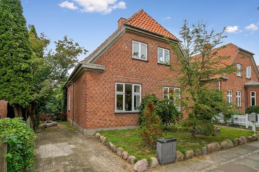 Villa på Boulevarden i Vordingborg - Set fra vejen
