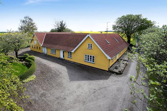 Villa på Vesterskovvej i Bogø By - Ejendommen