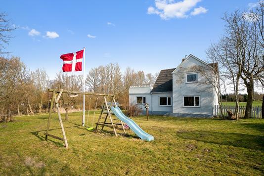 Villa på Svinøvestervej i Lundby - Ejendommen