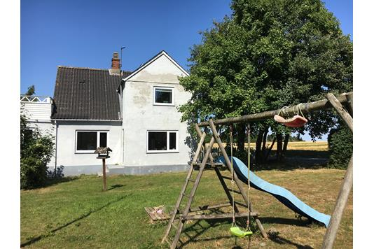 Villa på Svinøvestervej i Lundby - Hus