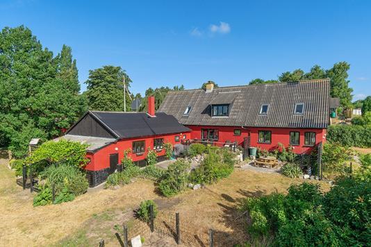 Villa på Køng Møllevej i Lundby - Set fra haven