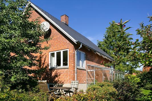 Villa på Spangsvej i Lundby - Set fra haven