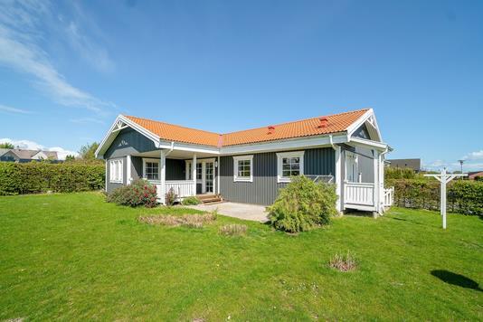 Villa på Solstien i Kalvehave - Set fra haven