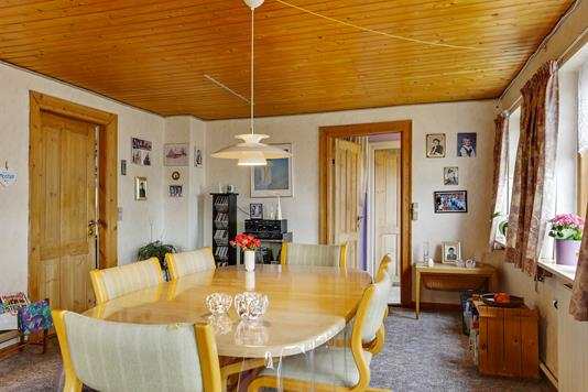 Villa på Viemose Gade i Kalvehave - Spisestue