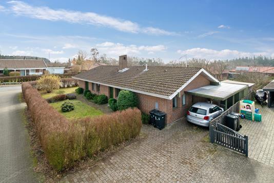 Villa på Dyrehaven i Vordingborg - Set fra vejen