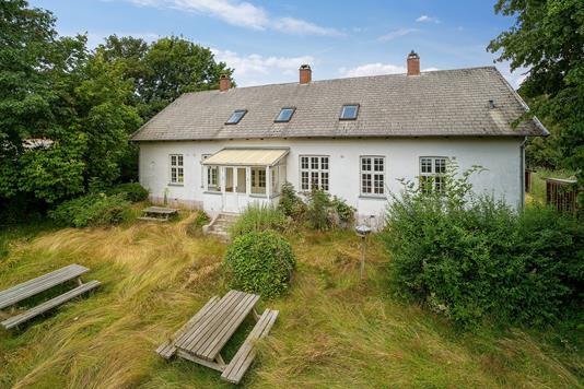 Villa på Bavnevej i Lundby - Set fra haven
