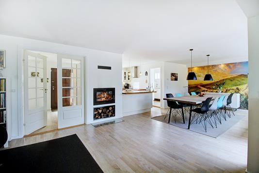 Villa på Hjortevænget i Bagsværd - Køkken alrum