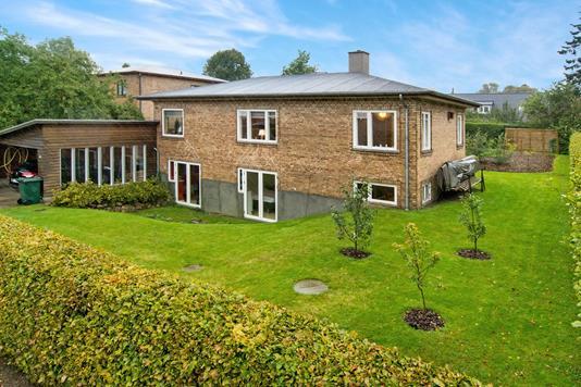 Villa på Hakonsvej i Bagsværd - Ejendommen