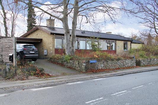 Villa på Værebrovej i Bagsværd - Ejendommen