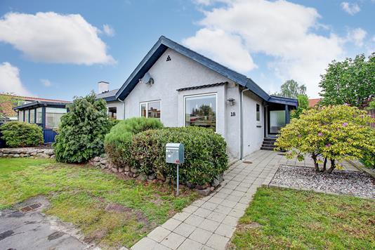 Villa på Pilehøjvej i Kongens Lyngby - Ejendommen