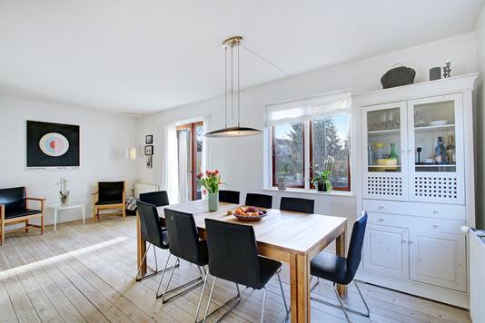 Villa på Aldershvilevej i Bagsværd - Spisestue