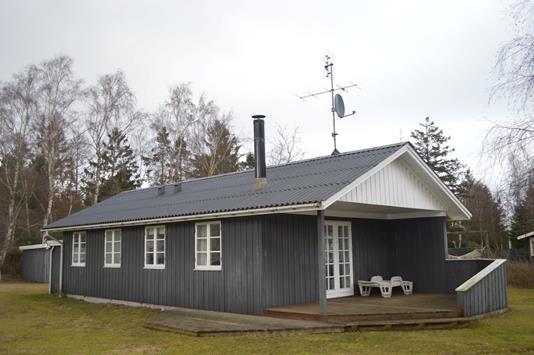 Fritidsbolig på Tornbladvej i Væggerløse - Ejendommen