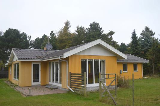 Fritidsbolig på Tjærenellikevej i Væggerløse - Ejendommen