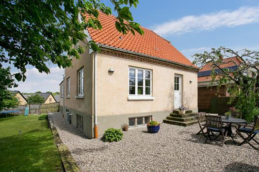 Villa på Apperupvej i Ålsgårde - Set fra haven