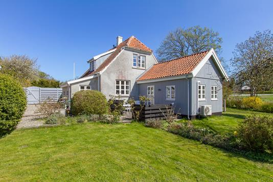 Villa på Harreshøjvej i Tikøb - Set fra haven