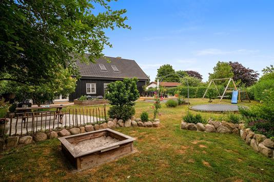 Villa på Bovænget i Ålsgårde - Set fra haven