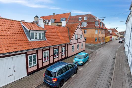 Villa på Fiolgade i Helsingør - Set fra vejen