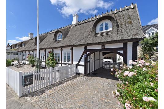 Villa på Strandvejen i Snekkersten - Facade