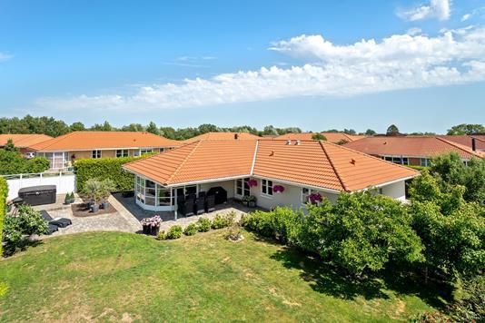 Villa på Møllestenen i Ålsgårde - Set fra haven