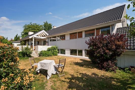 Villa på Nørrevænget i Snekkersten - Set fra haven