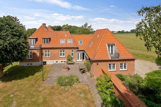 Villa på Hornbækvej i Tikøb - Set fra haven